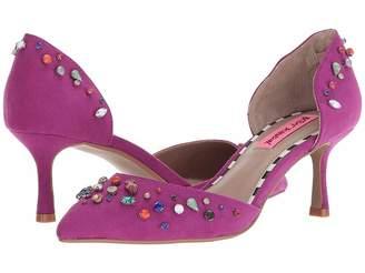 Betsey Johnson Max Women's 1-2 inch heel Shoes