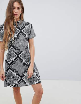 Daisy Street High Neck Printed Dress