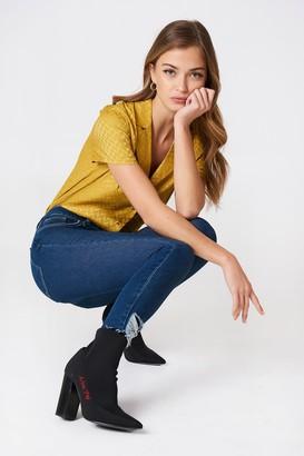 Na Kd Trend Ripped Bottom Highwaist Jeans