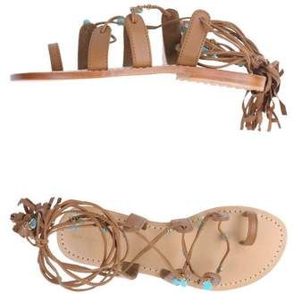 Mystique Toe post sandal