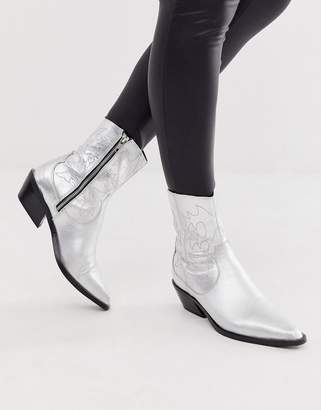 Asos Design DESIGN Autumnal leather cowboy boots in silver