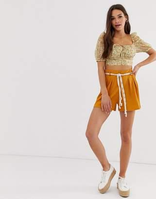 Asos Design DESIGN textured short with rope belt