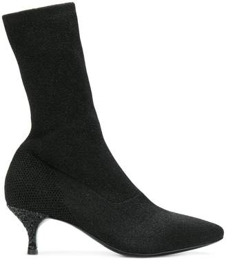 Strategia kitten heel sock boots