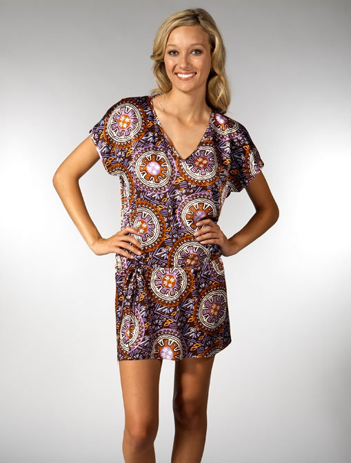 NU Collective V Neck Tunic in D Print
