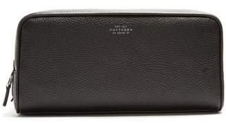 Smythson Burlington Large Grained Leather Washbag - Mens - Black