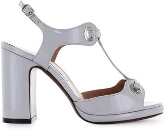 L'Autre Chose Lautre Chose Light Grey Patent Leather Sandal