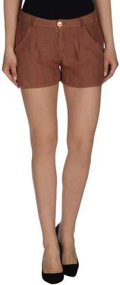 Nolita Shorts