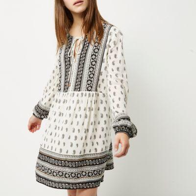 River IslandRiver Island Womens Petite black and white paisley print dress