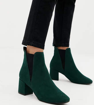 5d3d8ab97bb1 New Look Wide Fit wide fit chelsea block heeled boot in dark green