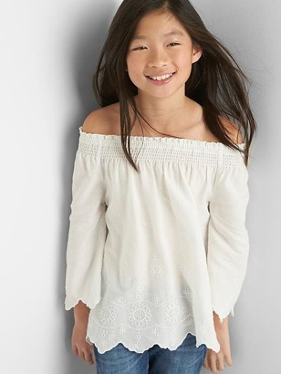 Embroidery off-shoulder top $29.95 thestylecure.com