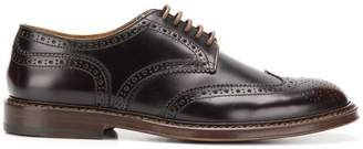 Doucal's embossed detail brogues
