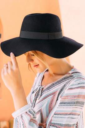 francesca's Karina Wool Floppy Hat - Navy