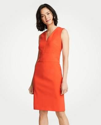 Ann Taylor Pee Doubleweave V Neck Sheath Dress