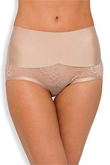Nancy Ganz Sweeping Curves Lace Brief