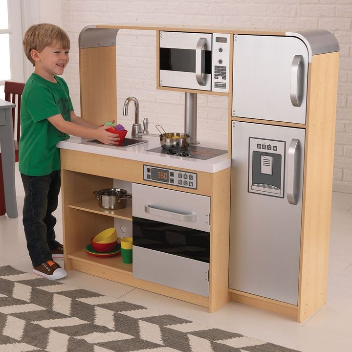 Kid Kraft ultimate chef's kitchen play set