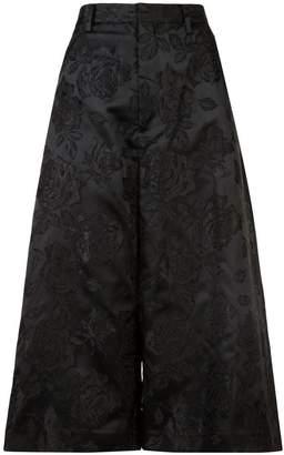 Noir rose jacquard culottes