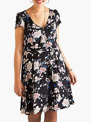 Yumi Flower Print Cap Sleeve Dress, Black
