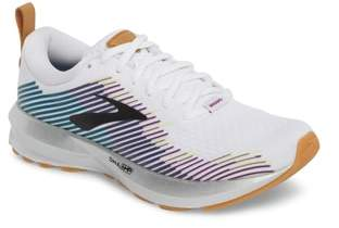Brooks Levitate Running Shoe
