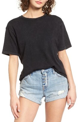Women's Sun & Shadow Washed Cotton Raw Hem Tee $29 thestylecure.com