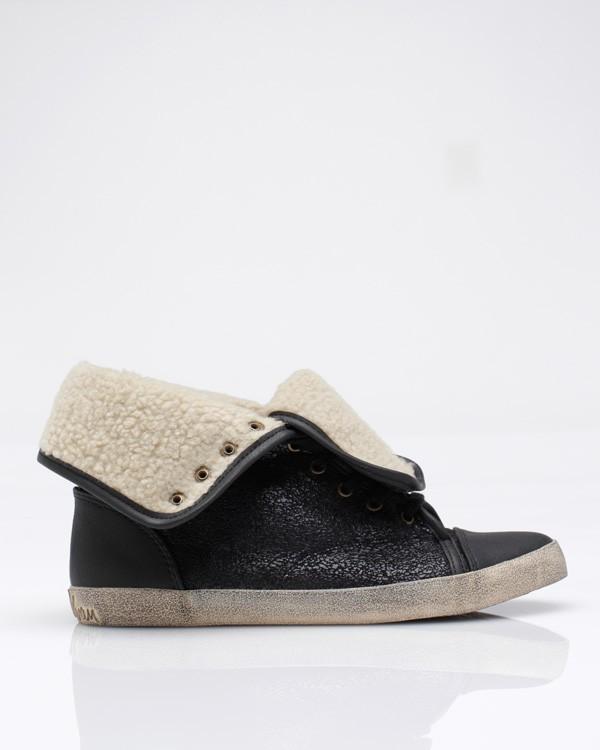Cori Sneaker