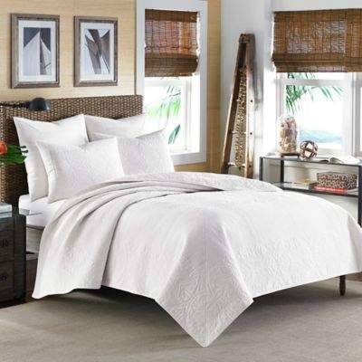 Nassau Standard Pillow Sham in White