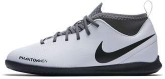 Nike Jr. Phantom Vision Club Dynamic Fit Younger/Older Kids'Indoor/Court Football Shoe