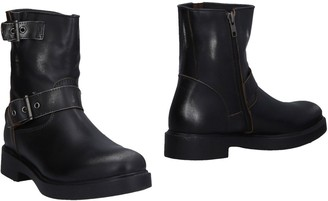 Alexander Hotto Ankle boots - Item 11474965JV