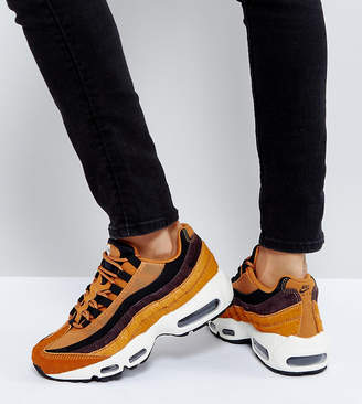Nike 95 Lx Trainers In Tan And Black