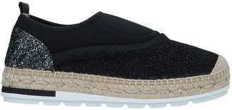 Kanna Sneakers