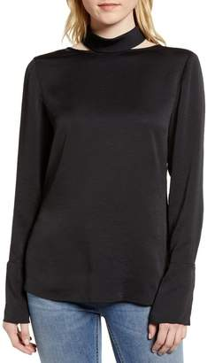 Trouve Cutout Turtleneck Top