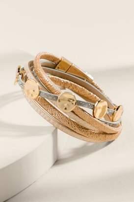 francesca's Cecilia Metallic Multi Strand Bracelet - Beige