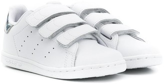 adidas Kids Stan Smith touch-strap sneakers