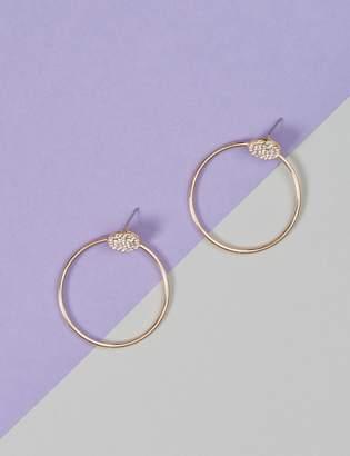 Dangling Circle Stud Earrings