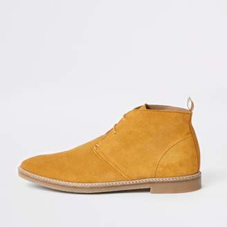 River Island Mens Yellow suede eyelet desert boots