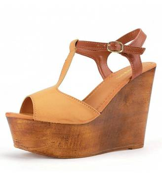 Bamboo Tan Wooden Wedges $36 thestylecure.com