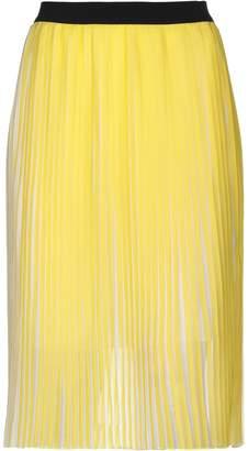 Nioi 3/4 length skirts