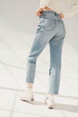 BDG High-Waisted Slim Straight Jean – Vintage Light Wash