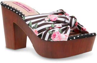 Betsey Johnson Moscow Platform Sandal - Women's