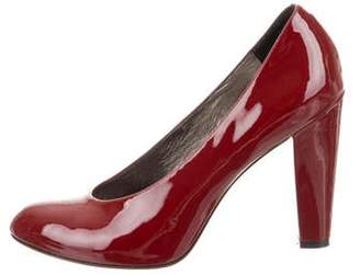 Marc by Marc Jacobs Round-Toe Patent Leather Pumps