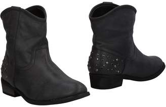 SEXY WOMAN Ankle boots - Item 11468828UD