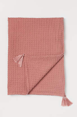 H&M Waffled Cotton Throw - Pink
