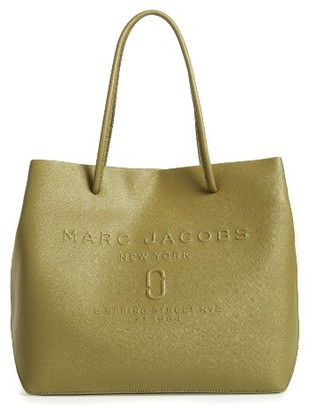 Marc Jacobs Logo Leather Shopper - Green $295 thestylecure.com