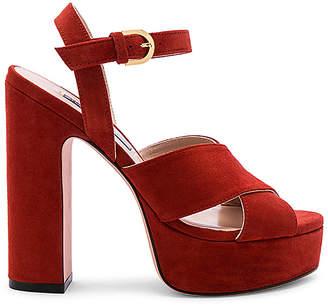 a736bbac8d5d Lucite Platform Shoes - Style Guru  Fashion