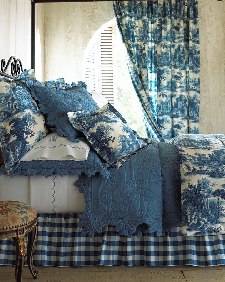 Horchow Scenes de Peche Bed Linens Charleston King Quilt
