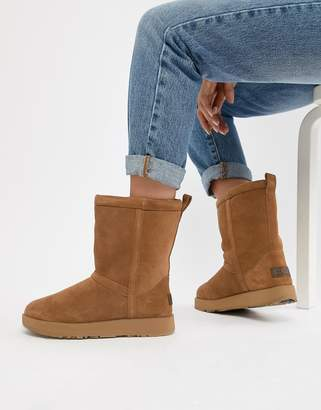 44d76f7d11 Chestnut Classic Short Boots By Ugg Australia - ShopStyle UK