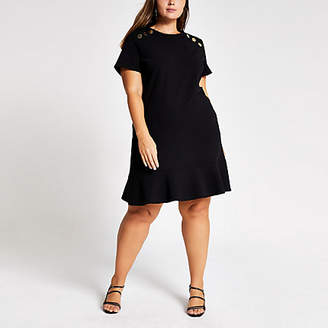 River Island Plus black short sleeve peplum shift dress