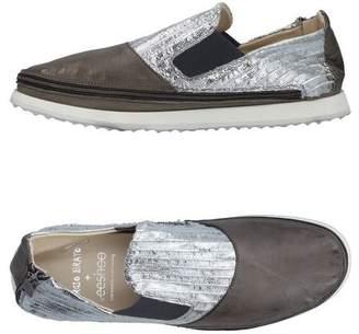 Giorgio Brato + VEESHOO Low-tops & sneakers