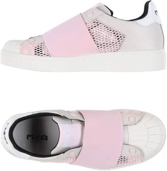 MOA MASTER OF ARTS Low-tops & sneakers - Item 11254837PN