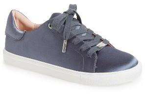 Women's Topshop Catseye Sneaker $40 thestylecure.com
