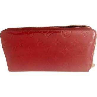 Louis Vuitton Zippy Red Patent leather Wallets